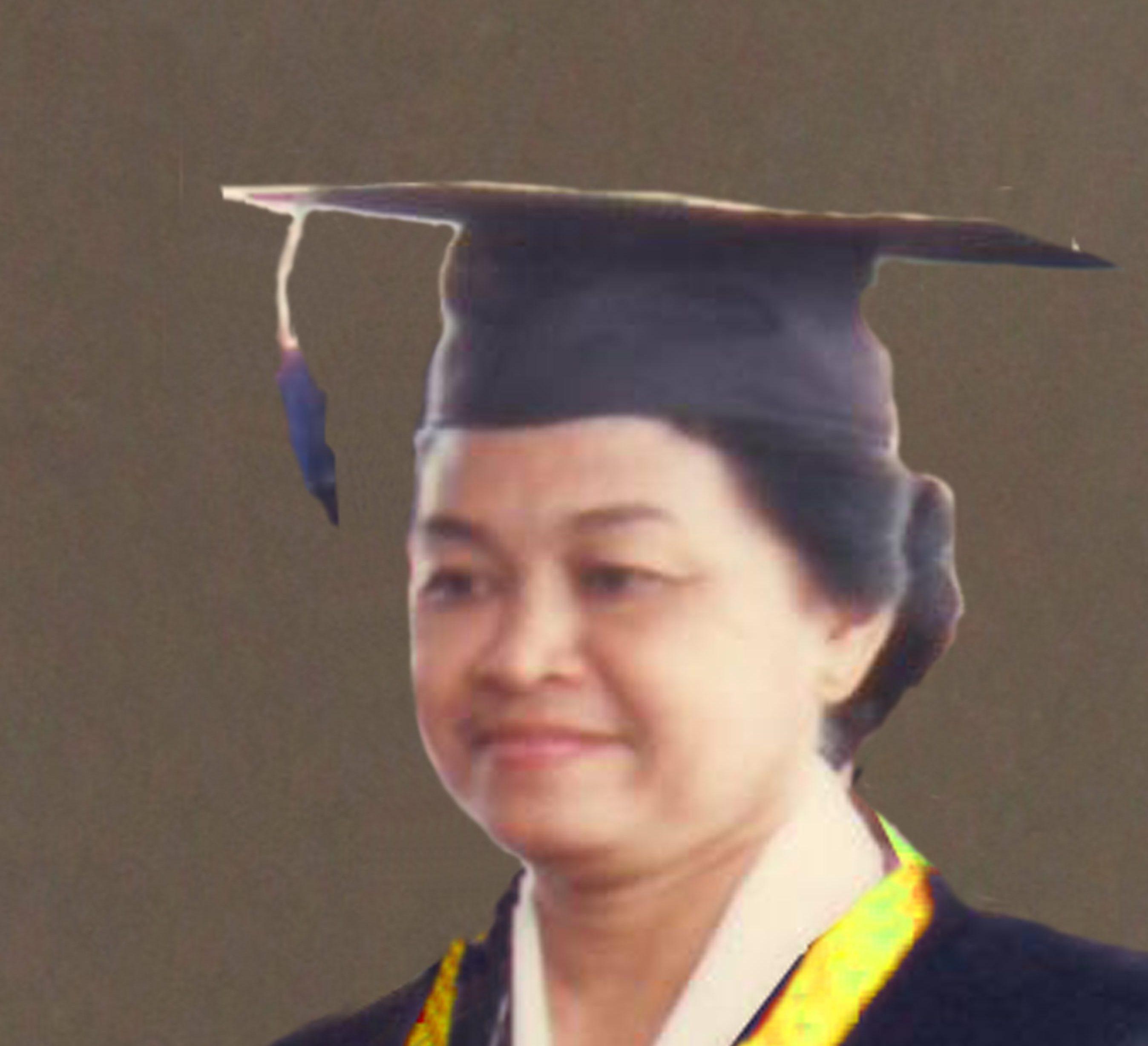Radiyastuti mendapat gelar Ir. dari Fakultas Pertanian Institut Pertanian Bogor tahun 1961