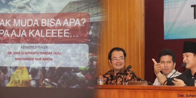 Muhammad Nu Arifin (Wakil Bupati teripilih Kab. Tenggalek) memberikan materi di Aula Utama UM