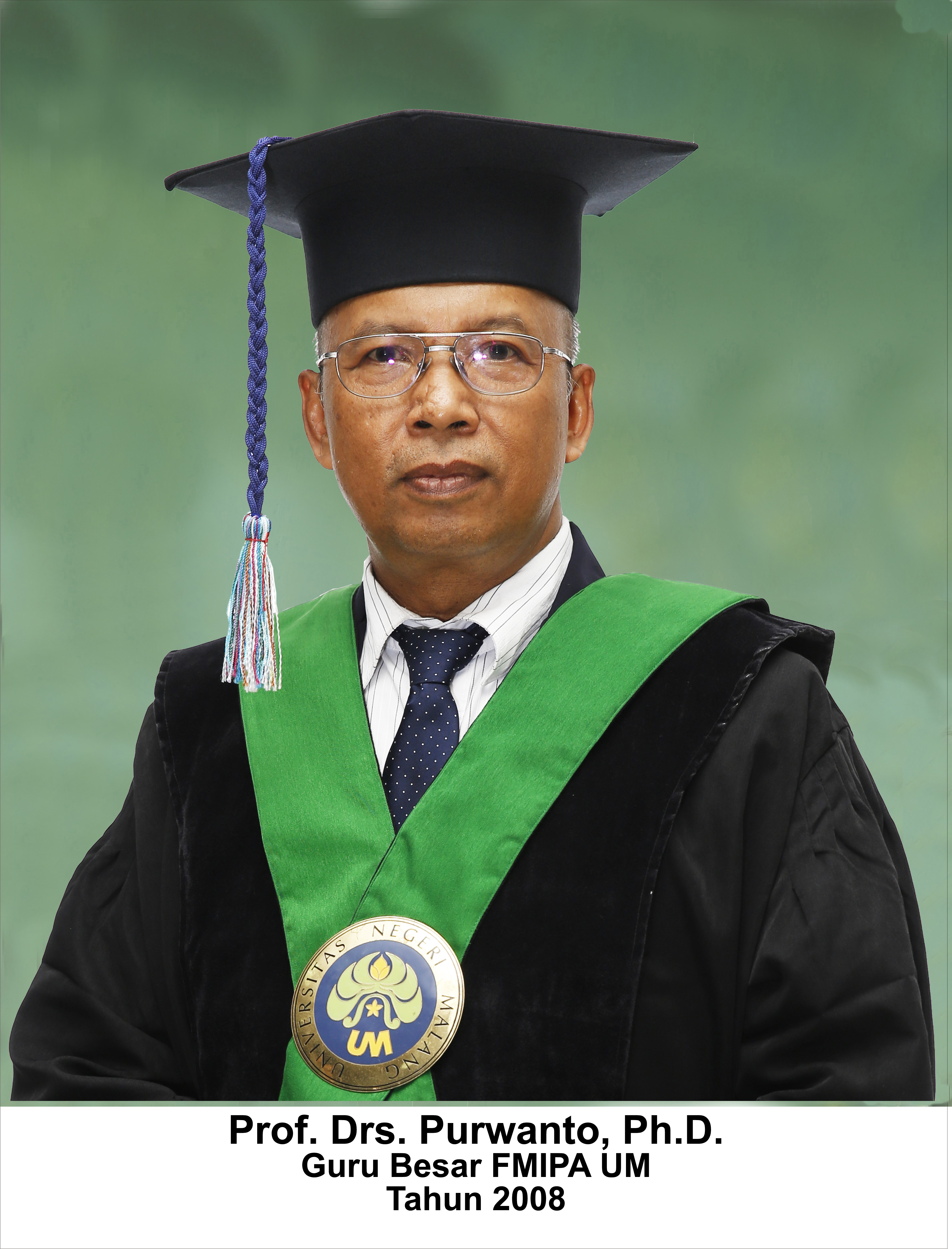 Prof. Drs. Purwanto, PhD